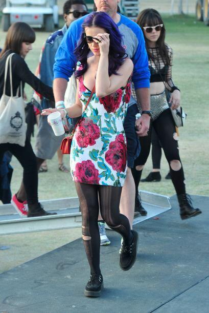 Katy Perry es una de las celebridades asiduas a Coachella, asquí te comp...
