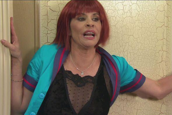 Anita también quiso seducir a Latin Lover, pero no lo logró.