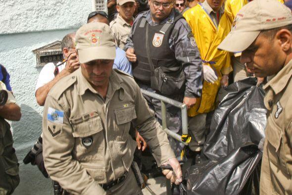 Un portavoz del cuerpo de bomberos dijo que  Menezes cometió un acto pre...