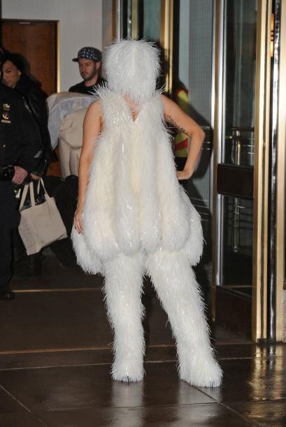 Como toda modelo de pasarela, Gaga sufrió y tuvo que aprender a c...