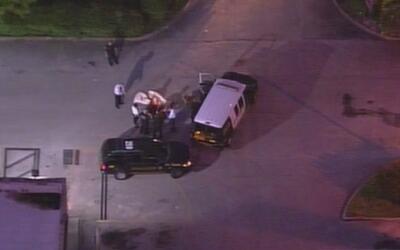 Un muerto y gran actividad policial en Miami Gardens por un tiroteo en u...