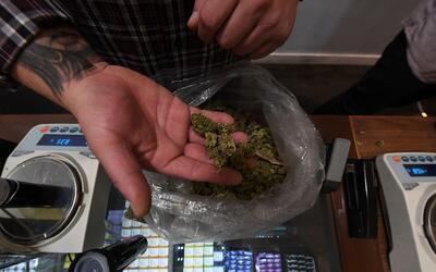 A partir del 1 de enero de 2018 en California es legal la marihuana para...