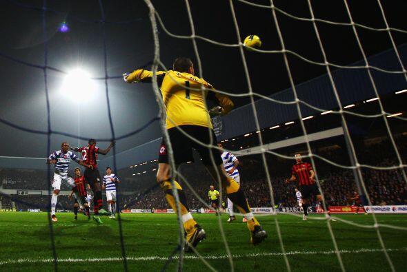 Yaya Touré aprovechó su chance y marcó el 3 a 2 final, para la alegría d...