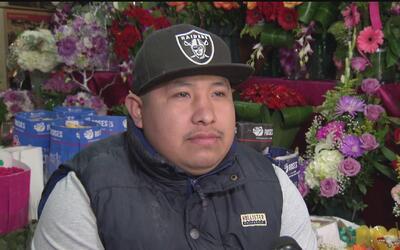 Inmigrante mexicano cuenta en 'La Mesa' la historia de su lucha para lle...