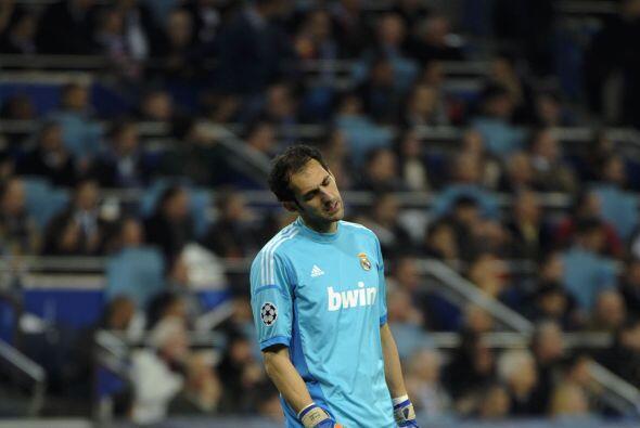 Nada pudo hacer el portero Diego López, quien reemplazaba al lesionado I...