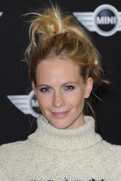 No importe que la 'It girl', Poppy Delevingne, esté despeinada, su cabel...