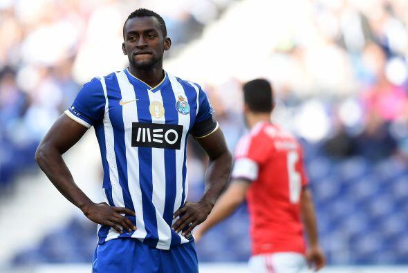 El colombiano Jackson Martínez se ha incorporado con el Porto lusitano y...
