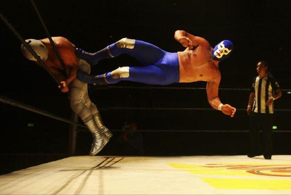 La rivalidad entre Blue Demon y El Santo comenzó cuando El Enmascarado D...