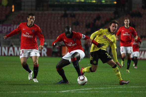 En el Grupo J, el París Saint-Germain recibió al Borussia Dortmund, actu...