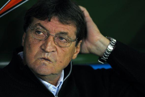 Boca tiene nuevo técnico, Julio Falcioni, y muchos rumores pero p...