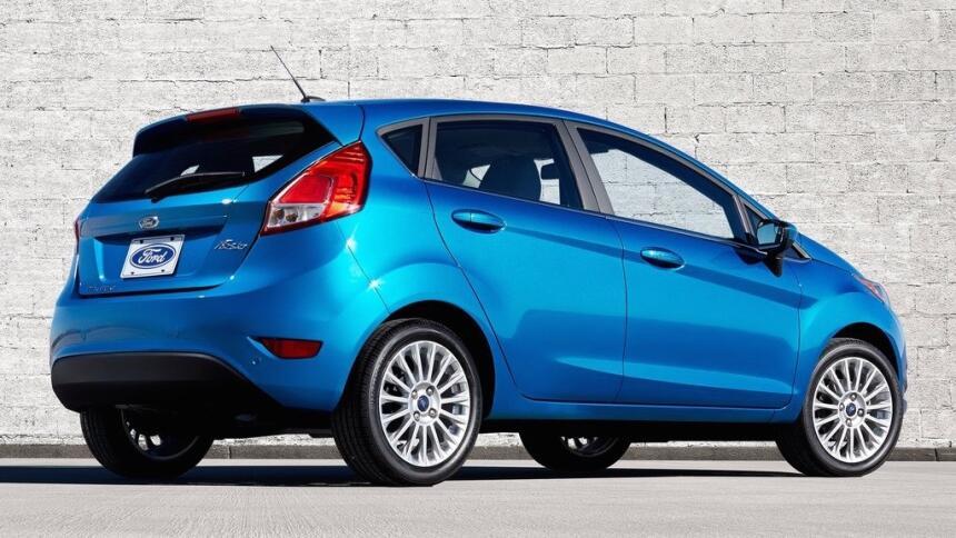Estos son los autos con el mayor índice de mortalidad en EEUU Ford-Fiest...