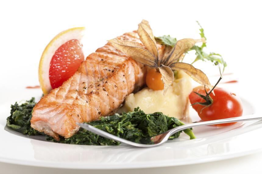 ¿Tus hijos no comen pescado? Checa ideas para que lo amen