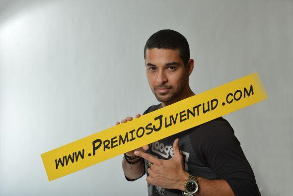 Wilmer entró a Premiosjuventud.com para enterarse de todo lo que está pa...