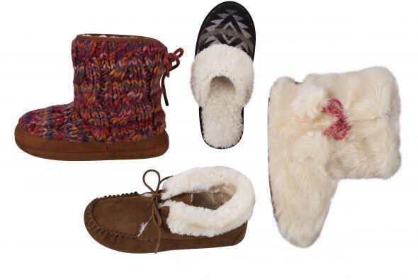 Para el calzado no pueden faltar estos obsequios, pantuflas de pelo sint...