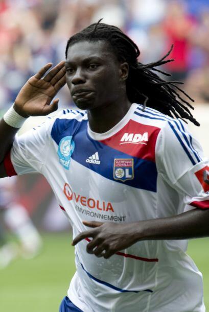 Delantero, Bafetimbi Gomis: El atacante del Lyon y de la selección franc...