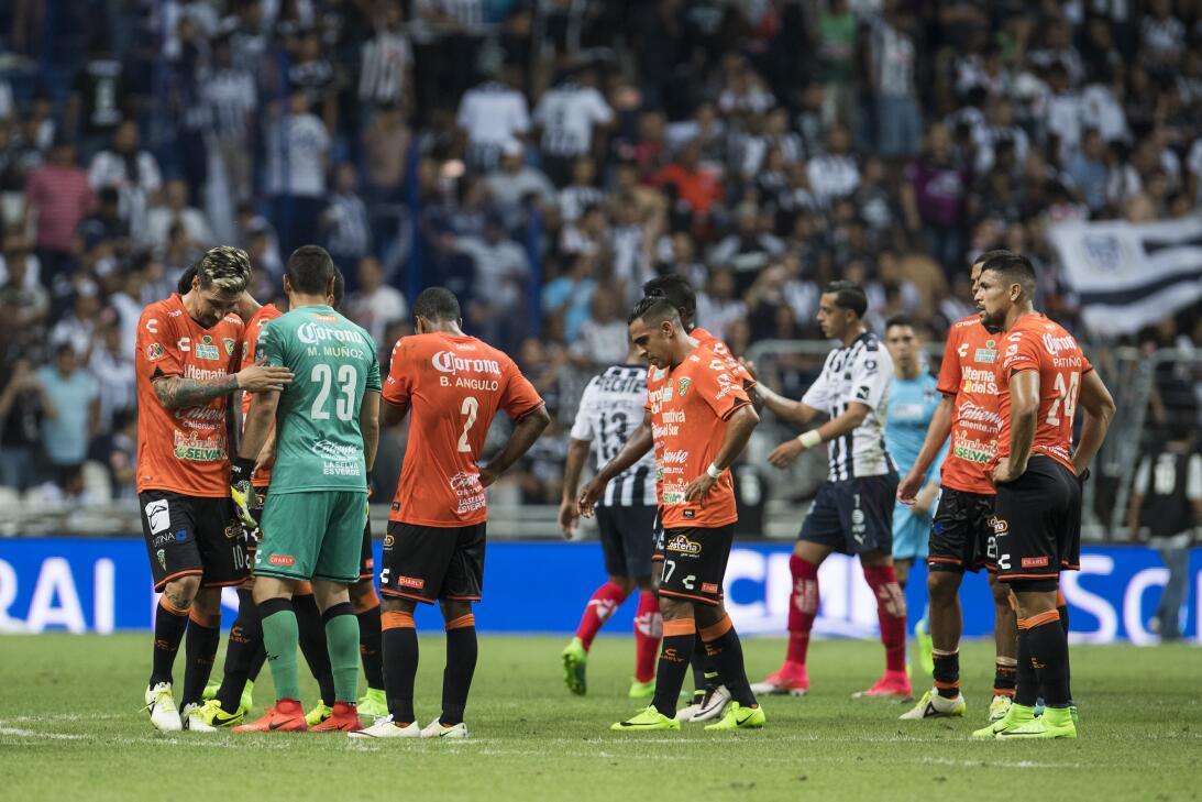 Monterrey es líder provisional tras golear a Chiapas 20170408_2303.jpg