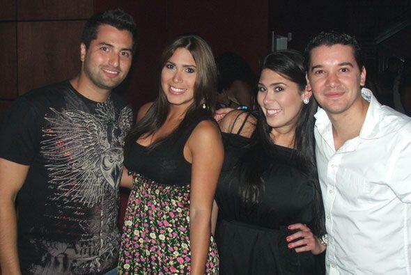 """Y hablando de publico, encontramos a locutores de Univision Radio como """"..."""