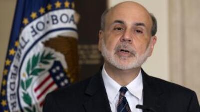 """La Fed aseguró que """"una política monetaria altamente acomodaticia seguir..."""