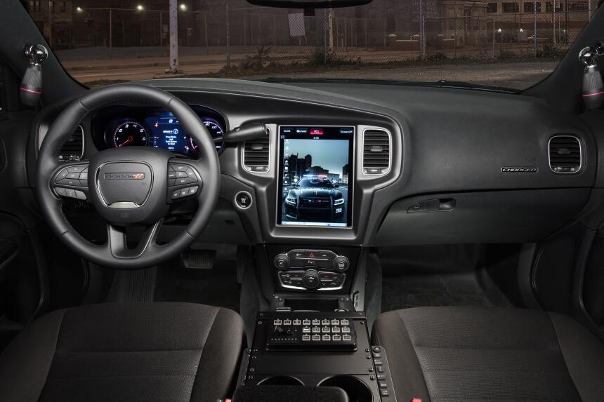 Dodge Charger Pursuit 2018