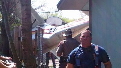 Avioneta se estrelló en el sur de Austin el viernes 18 de marzo, 2011.