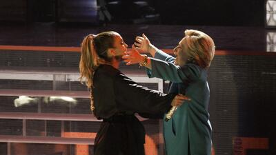 Jennifer López pide con un concierto el voto latino para Clinton