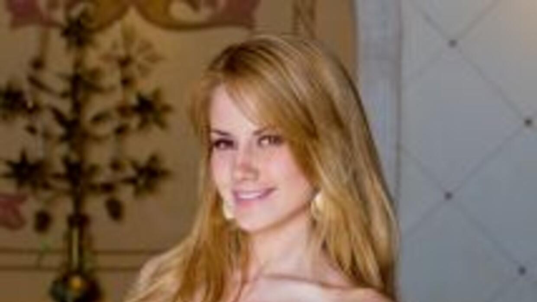 Altair Jarabo es Florencia Landucci en Abismo de Pasión.