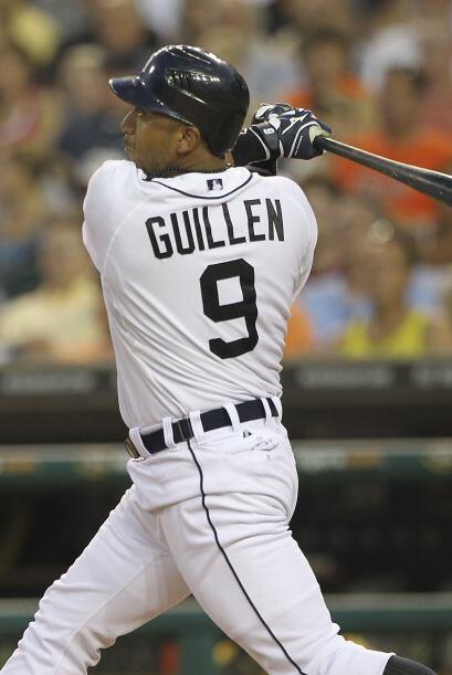 2B. Carlos Guillén. Tigres de Detroit. Guillén bateó 7 hits, incluido un...