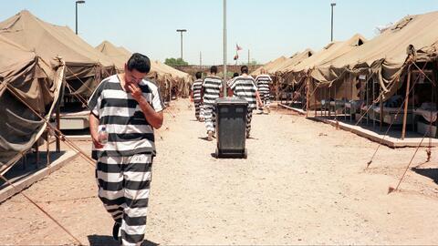 Comenzó la desmantelación de la cárcel 'Ciudad de las Carpas' en Arizona