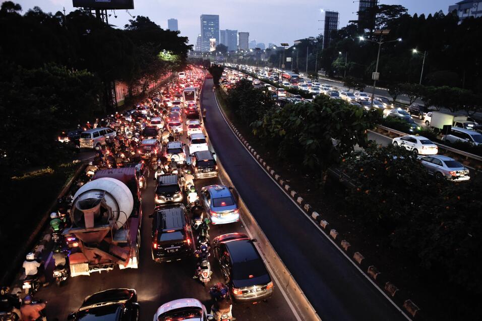 Estudios revelan cómo el acoso callejero es un problema de salud pública...