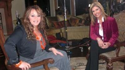 Jenni Rivera recibió al equipo de 'Aquí y Ahora' en su casa de Encino, C...