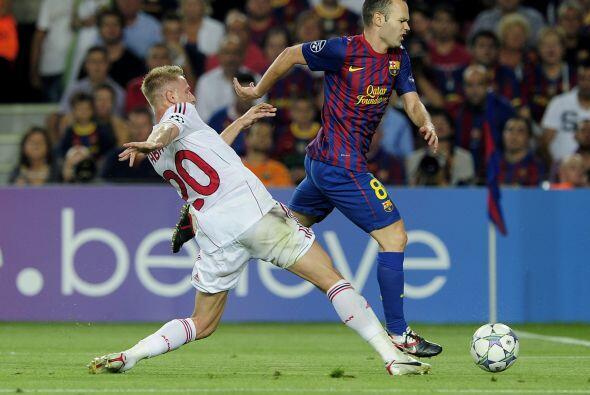 La mala noticia del primer tiempo fue la lesión de Andrés Iniesta.