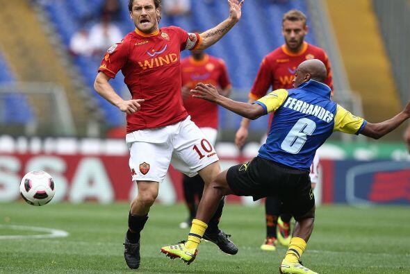 Totti jugó un buen partido. El volante manejó los hilos.