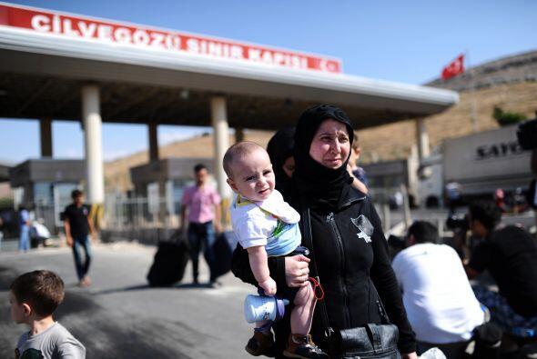"""Angelina Jolie, enviada especial de la agencia, dijo que """"algunos países..."""