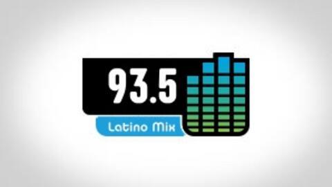 Chicago Latino Mix 93.5