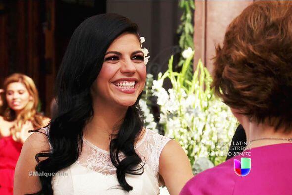 Y con una mujer bellísima, Alejandra ya se merecía tener a...