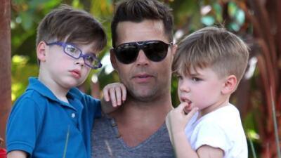 Ricky Martin hace fiesta doble con sus gemelos, Valentino y Matteo.