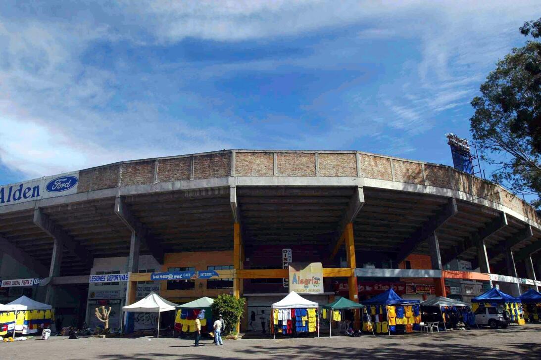 Viejitos pero bonitos: los estadios del recuerdo de la Liga MX 20040222_...