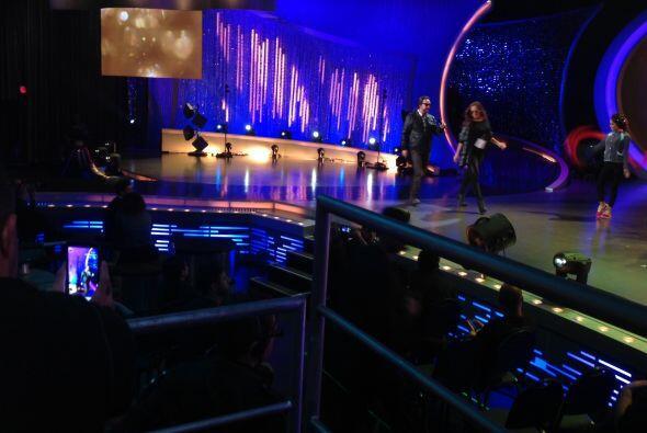 Así luce el escenario antes del gran show.