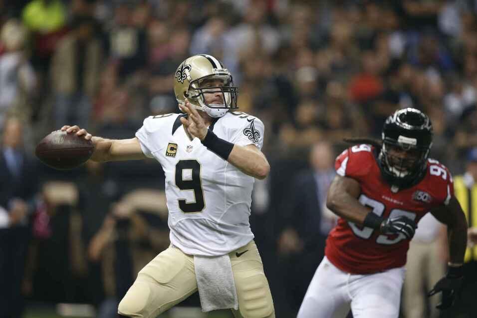 Drew Brees completó 30 de 39 para 312 yardas y un pase de touchdown para...