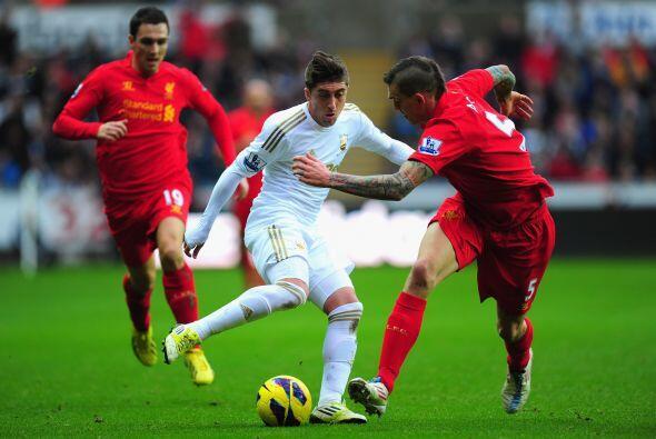 Liverpool fungió como visitante en el choque ante el Swansea.