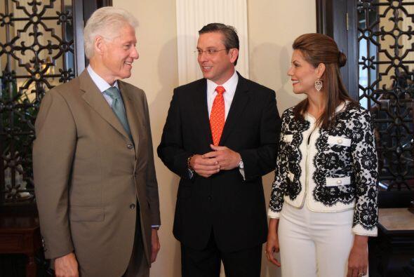 En Fortaleza estuvo con el gobernador Alejandro Garcia Padilla y privada...