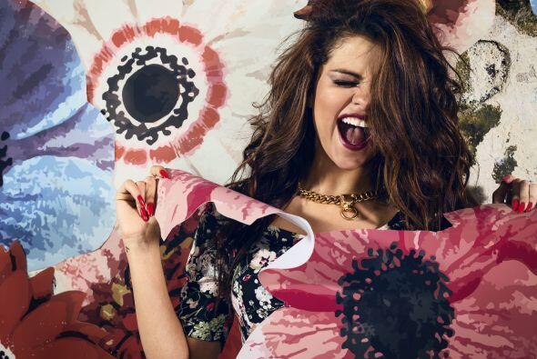 Selena Gómez, la 'it girl' de Adidas 42dd78bdd5f74715a1bc9bad249fa48e.jpg