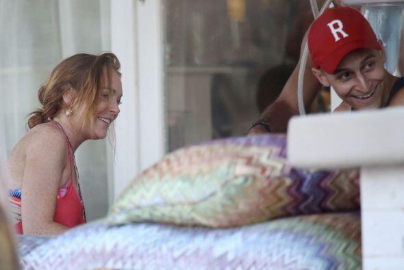 Lindsay Lohan parece haberse establecido más en Londres, donde convive m...