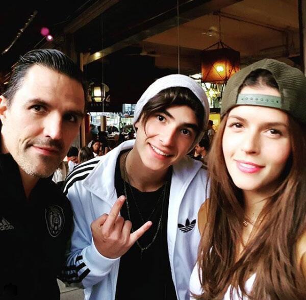 Claudia Álvarez, Billy y su hijo Max Rovzar