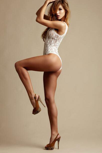 Recordamos a la modelo alemana, novia de Mario Gotze, que robó muchas mi...