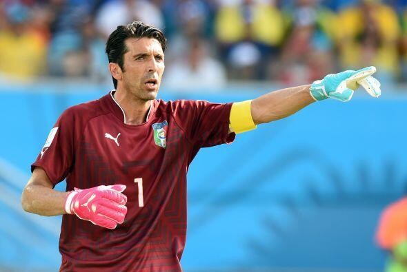 Gianluigi Buffon quiere seguir cosechando títulos con la Juventus a sus...