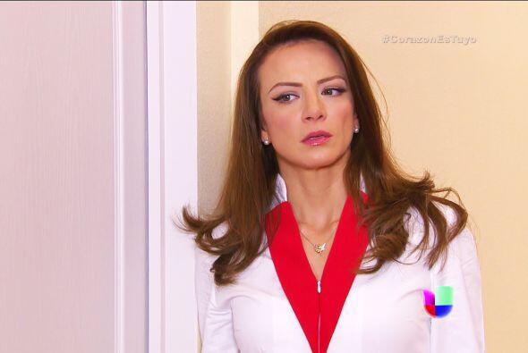 ¡Agárrate Ana! Isabela ya le pidió a Fernando que no te deje dormir en l...