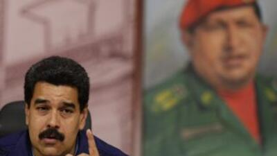 Congresista de EE UU trabaja en sanciones contra el gobierno de Maduro