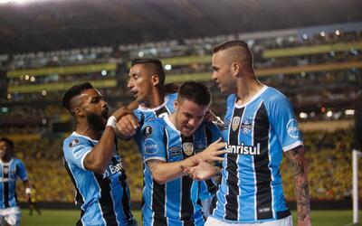 Gremio venció 3-0 a Barcelona de Guayaquil