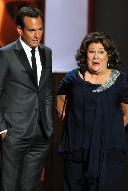 Will Arnett y Margo Martindale bromearon en el escenario.Mira aquí lo úl...